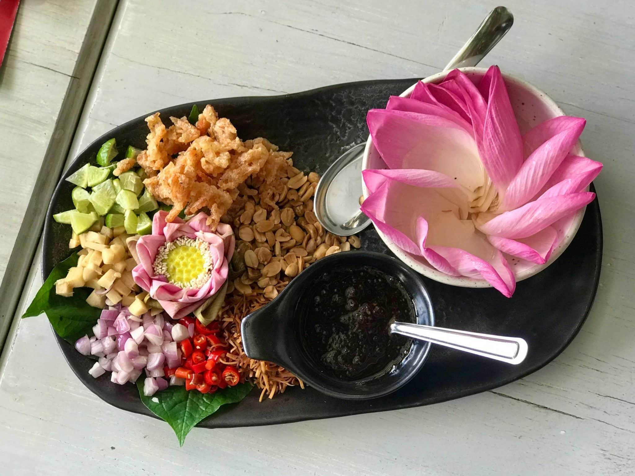 Lunch at RongSi restaurant in Bangkok!
