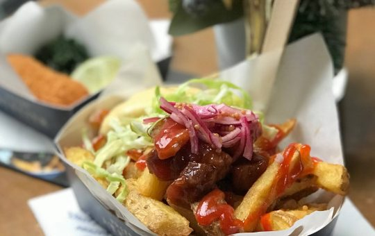 A Dutch Michelin star chef fine tuning Belgium's most popular street food? Let's find out if these Belgian fries are as good as people claim.