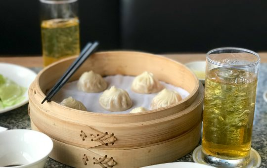 From drunken chicken to the famous steamed xiao long bao dumplings... This is why we love every dish on the Din Tai Fung menu.