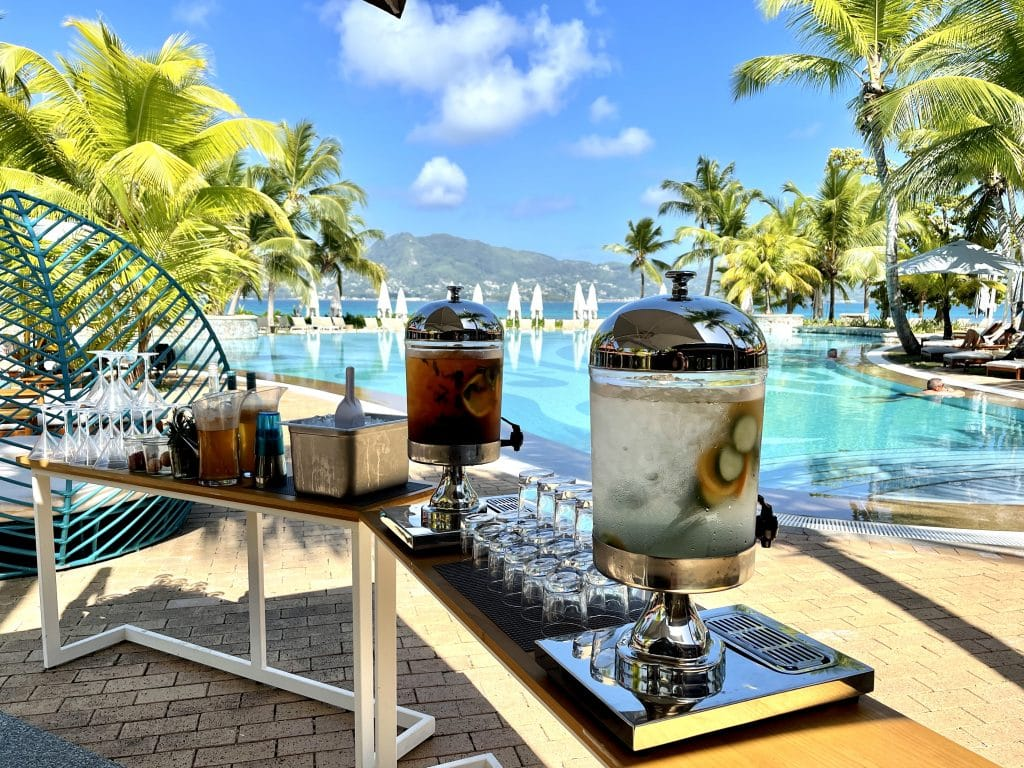 Club Med Seychelles, a 5 star exclusive collection resort? Unfortunately not, 4 stars at best. And here is why.